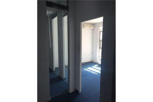 oficina de 180m2 en excelente ubicación