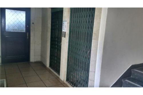 oficina de 48mts  zona tribunales/s.nicolas frente