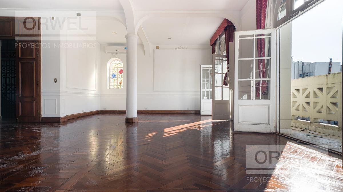 oficina de estilo, muy linda! 200 m2. techos altos!