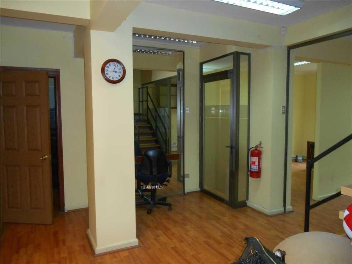 oficina duplex metro universidad catolica