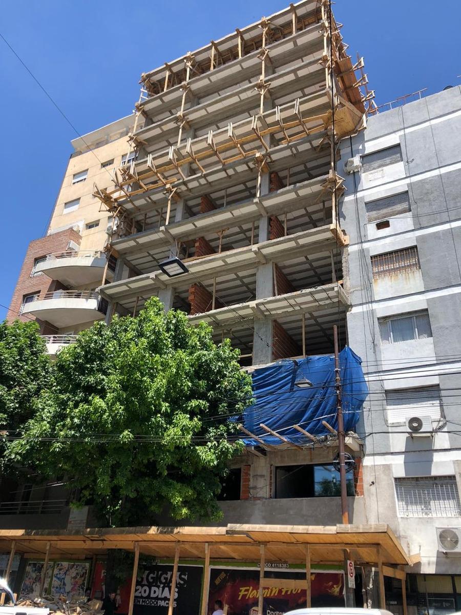 oficina edificio en construcción