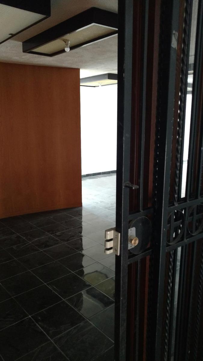 oficina elegante corporativa céntrica recién renovada