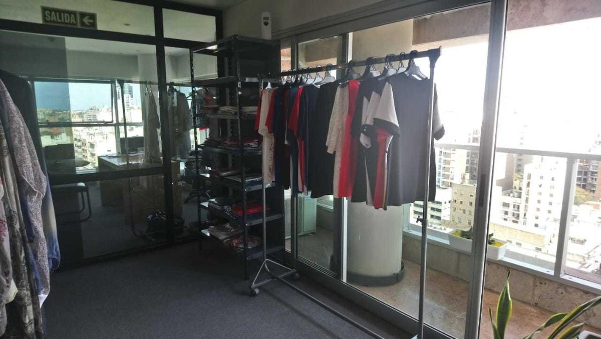 oficina en alq / venta en b° centro - corrientes al 100