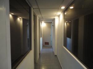 oficina en alquiler 19-4784 yolimar benshimol 04246157978