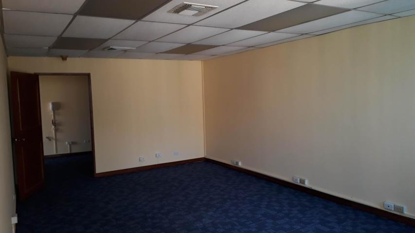 oficina en alquiler en bella vista 20-6913 emb