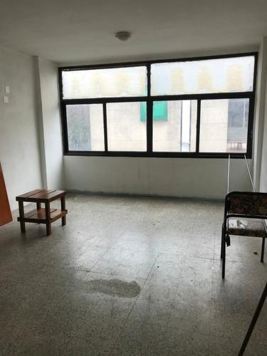 oficina en alquiler en el centro de san martín!! int. campos