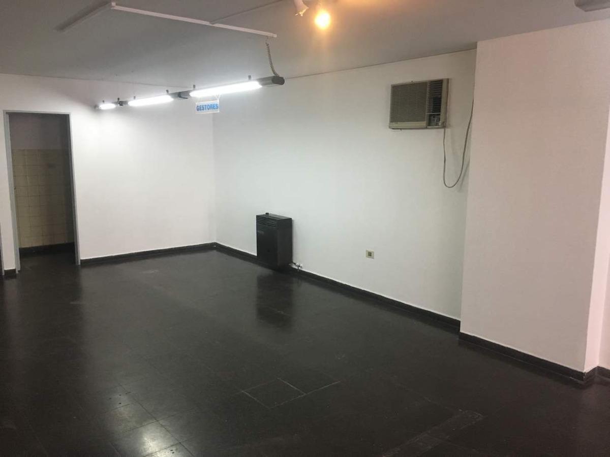 oficina en alquiler en el centro - sobre av. maipú