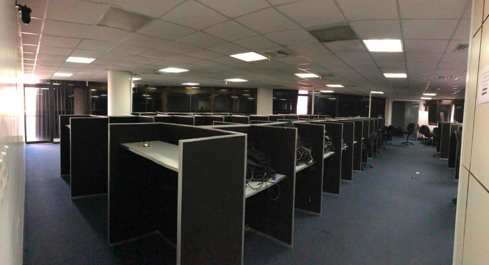 oficina en alquiler en naco c/divisiones para oficinas 370m2