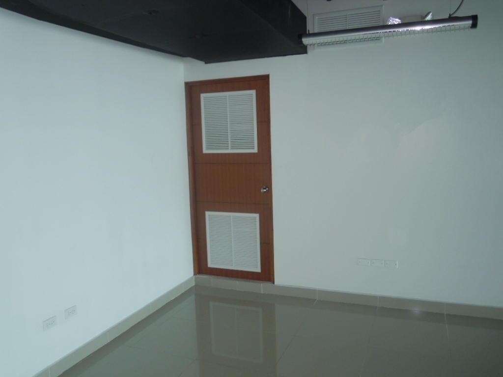 oficina en alquiler en punta pacifica 20-504hel*
