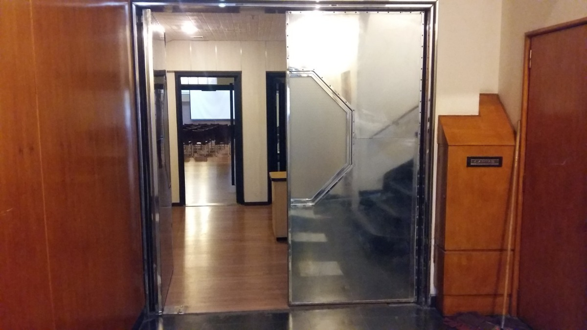 oficina en alquiler en retiro - piso 2