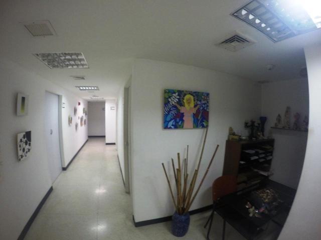 oficina en alquiler mls #20-4033 gabriela meiss. rah chuao