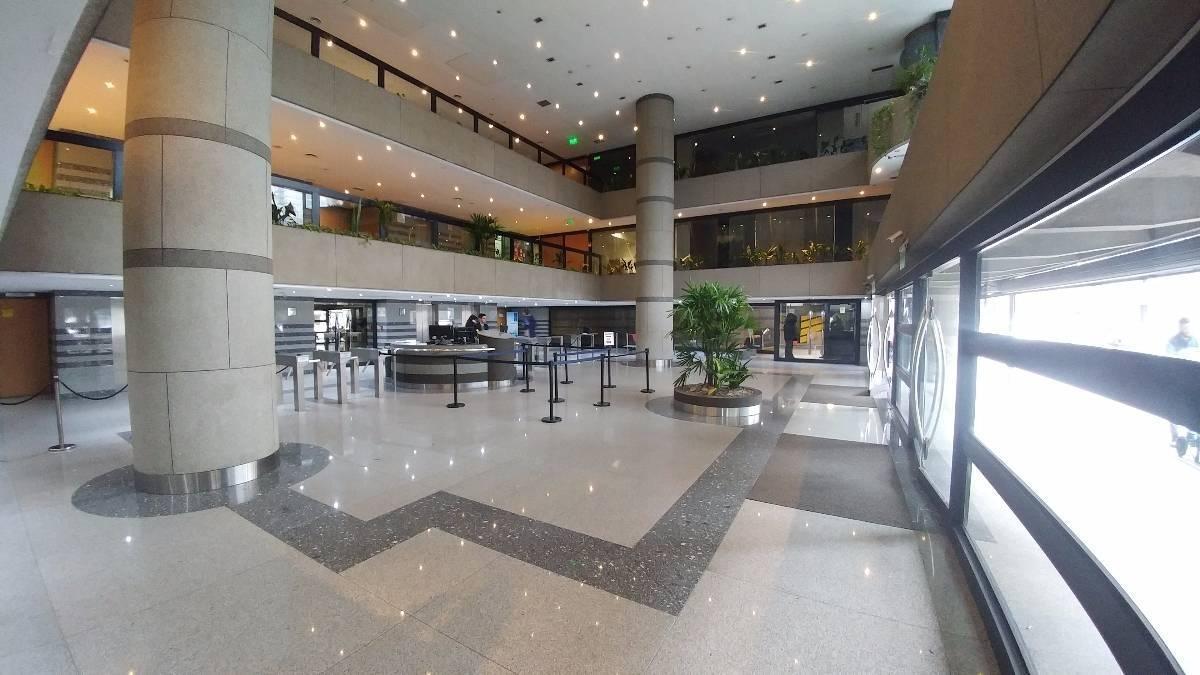 oficina en alquiler - monserrat - world trade center