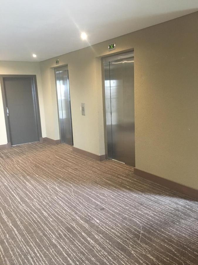 oficina en amplio monoambiente luminoso - estudio de la bahia, nordelta