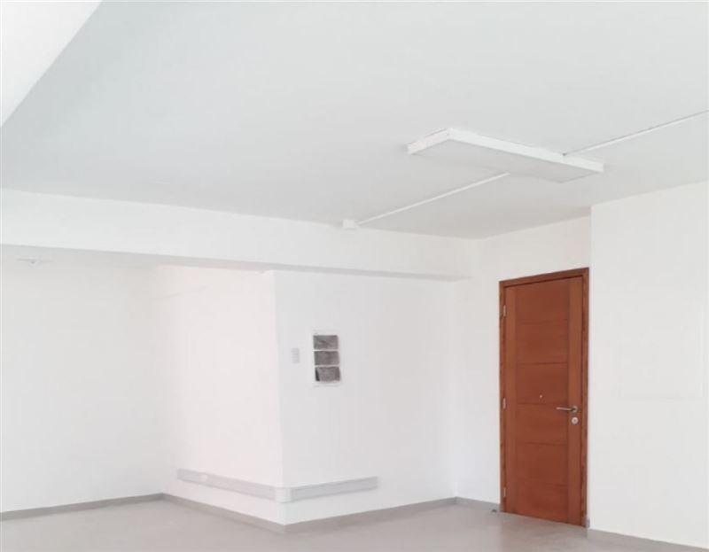 oficina en arriendo de 1 privado en las condes