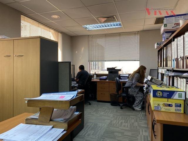 oficina en arriendo de 15 privados en las condes