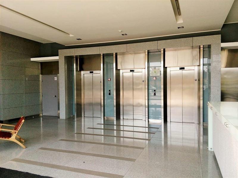 oficina en arriendo de 2 privados en concón