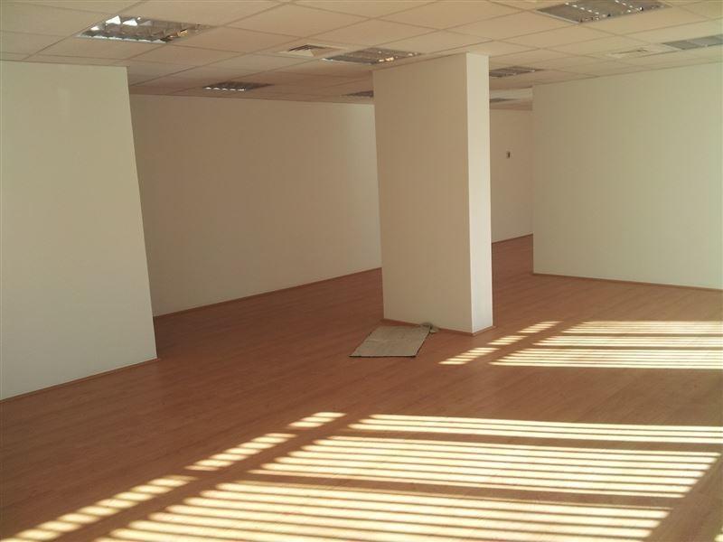 oficina en arriendo de 3 privados en providencia