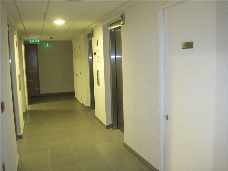 oficina en arriendo de 4 privados en las condes