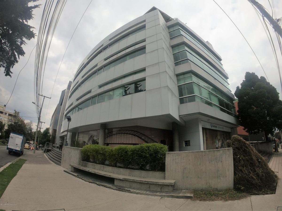 oficina en arriendo en chico norte ii mls 20-621 fr