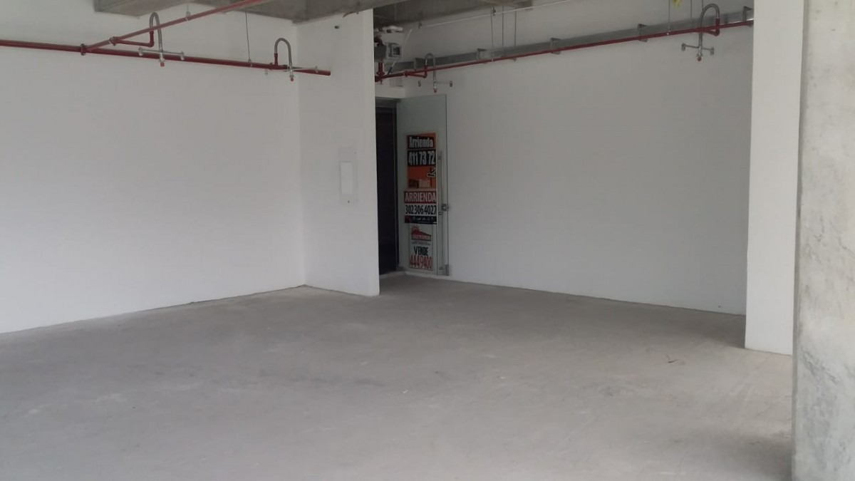 oficina en arriendo manila 473-7019