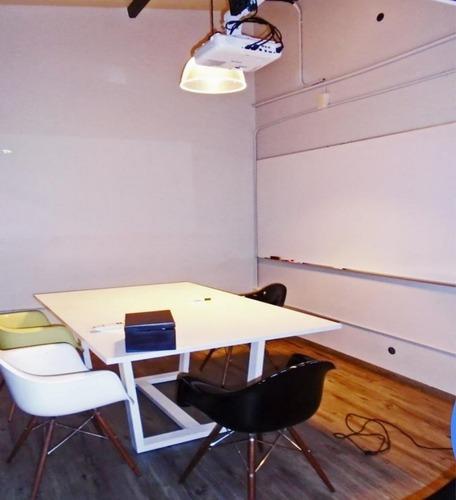 oficina en bosque de radiatas