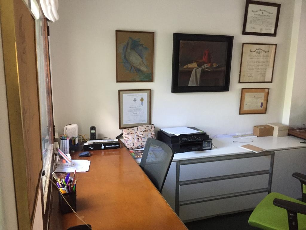 oficina en carrasco- a 50 mts. de arocena