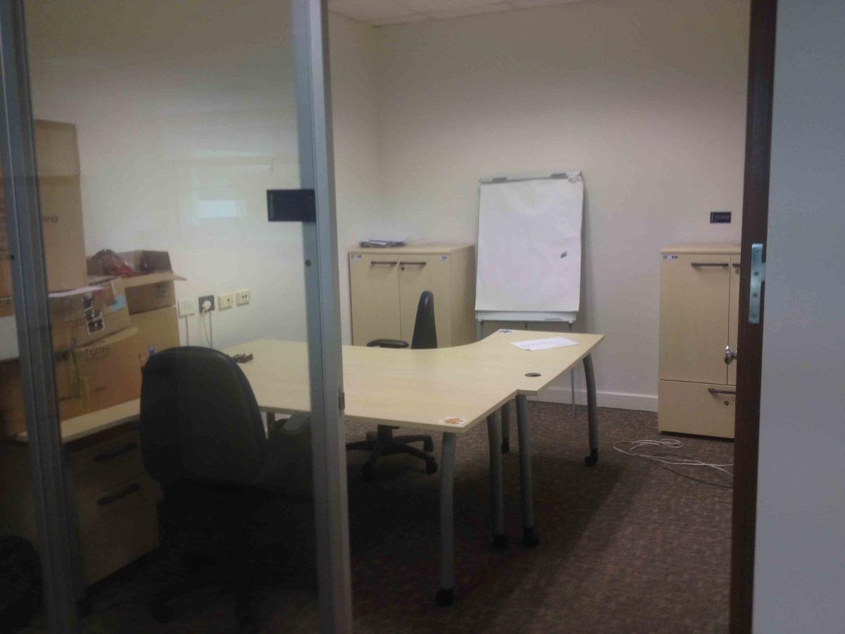 oficina en catalinas - alquiler