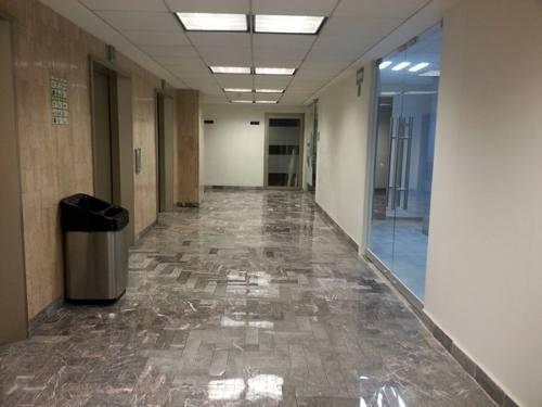 oficina en céntrico edificio corporativo plaza polanco.176 m2.ubicada en primer piso. 84 estacionamientos.el edificio cuenta con: baños en entrepiso.elevadores inteligentes.seguridad 24x7x365