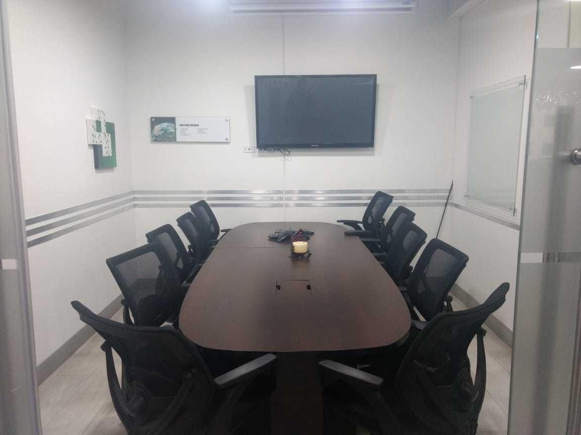oficina en chicó reservado