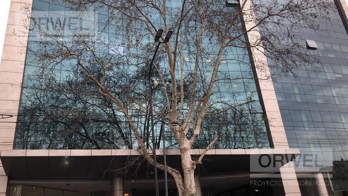 oficina en excelente edificio aaa.