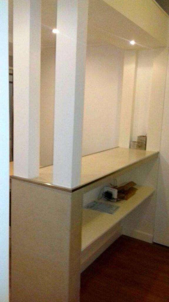 oficina en galeria sacoa 1° piso, totalmente reciclada