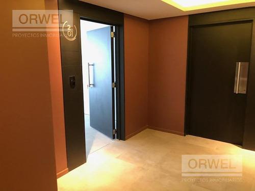 oficina en libertador al 5700 y sucre. excelente oficina de 121 m2. 2 baños y 1 cocheras