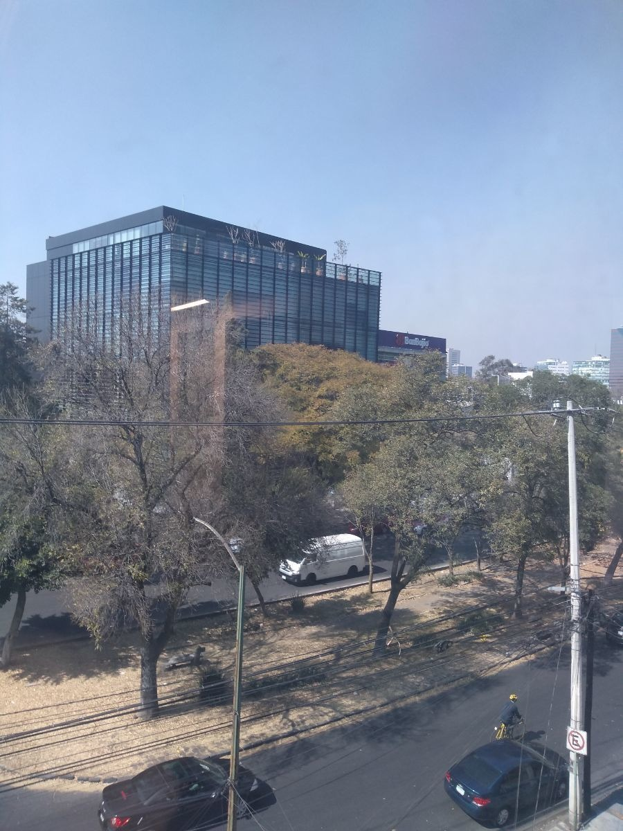 oficina en lomas de chapultepec, con excelente ubicación.