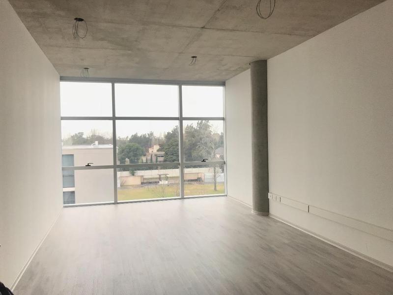 oficina en officia pilar - edificio life