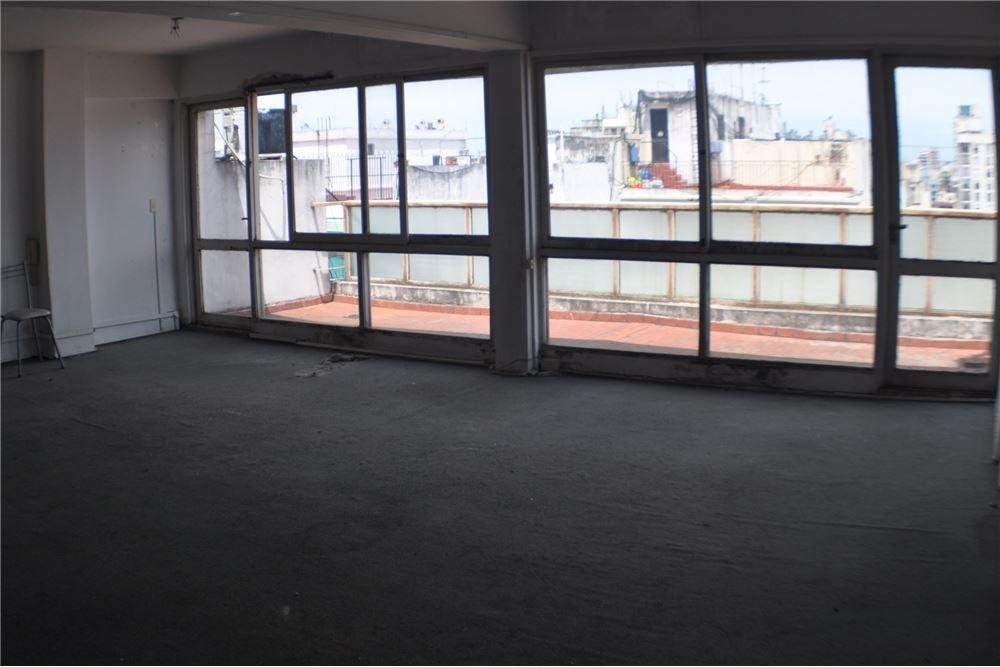 oficina en once luminosa al frente tucumán 2100 10