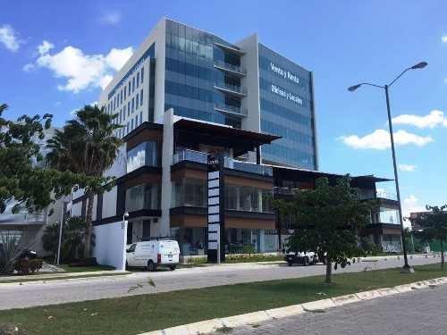 oficina en piso 8 excelente vista en plaza luxus altabrisa