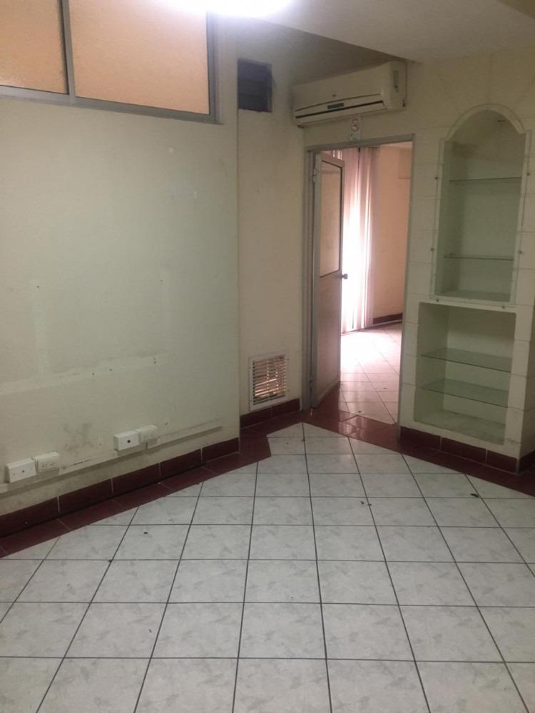 oficina en pleno centro de guayaquil