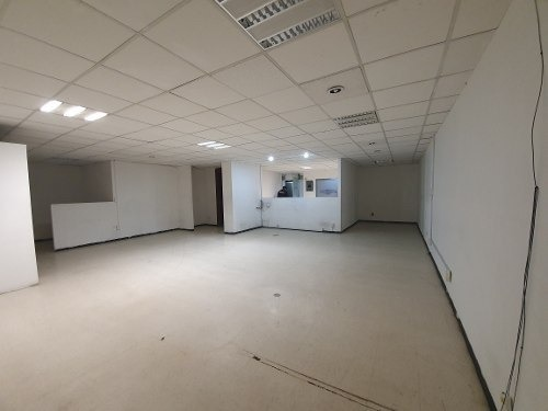 oficina en renta 140m2