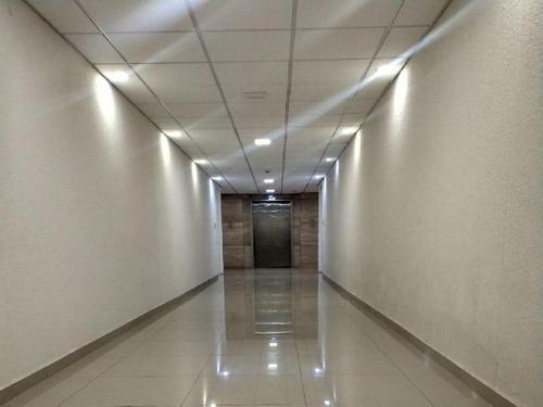 oficina en renta 170m2 de superficie, oficina en renta con 8 oficinas privadas,
