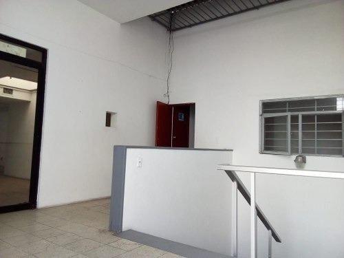 oficina en renta 200 m2 en la zona industrial