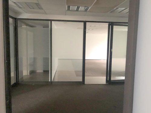 oficina en renta con 2 cubiculos en tecamachalco.