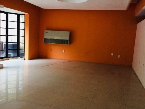 oficina en renta en av. sarabia.