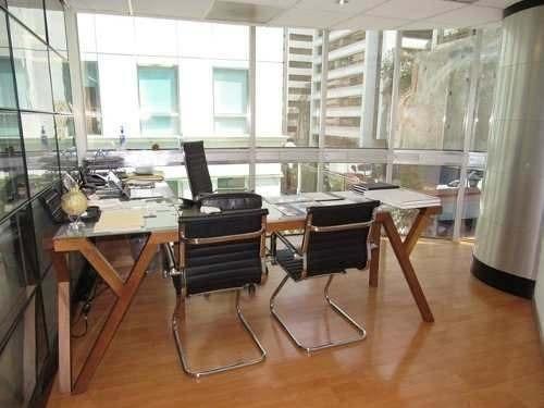 oficina en renta en bosques de las lomas (ecor1812)