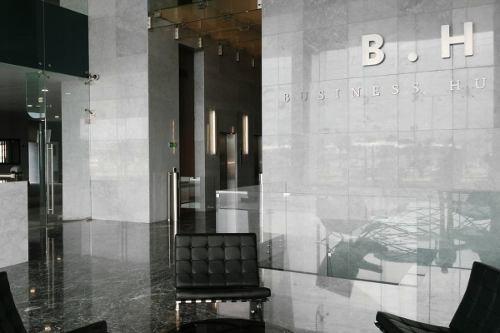 oficina en renta en business hub tijuana de 1670 m2