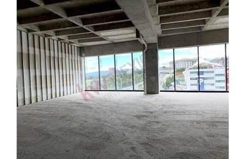 oficina en renta en downtown santa fe 554.42 m2 en obra gris lista para acondicionar enfrente del parque la mexicana