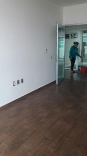 oficina en renta en fracc.  milenio iii qro. mex.