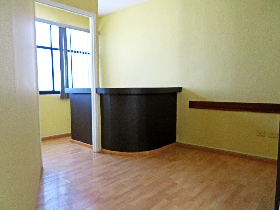 oficina en renta en qro corregidora candiles jacarandas