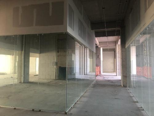 oficina en renta en titanium