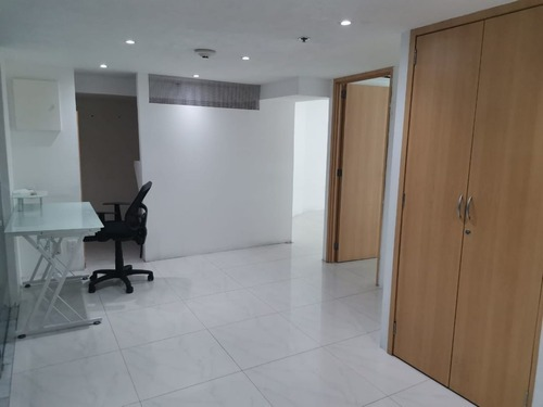 oficina en renta en torre wtc piso 32 de 80 m2