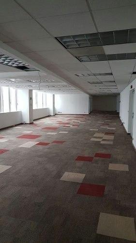 oficina en renta interlomas acond piso 1 con 1,130 m2 pasaje
